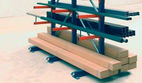 Light duty cantilever racks