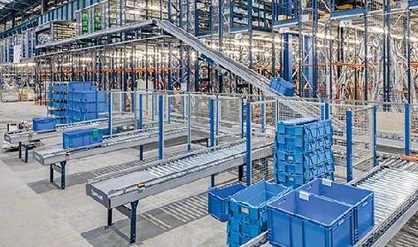 Conveyors systems for boxes