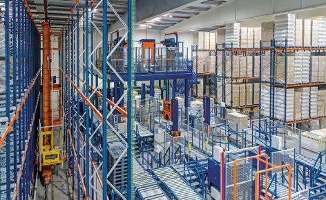 Automation of Maverick Laboratories' logistics centre